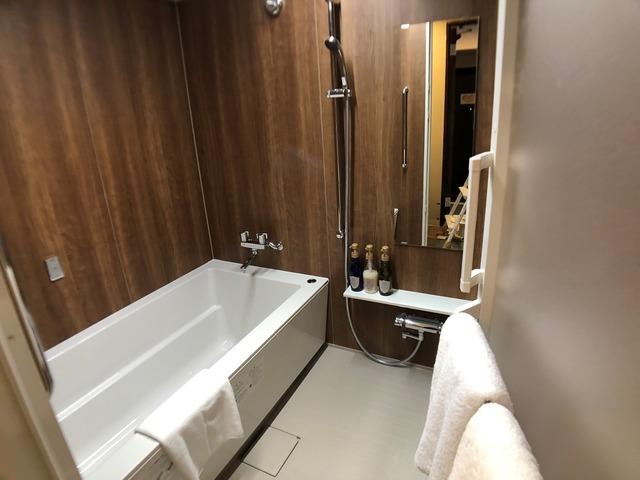 ホテルサンセットヒル バスルーム